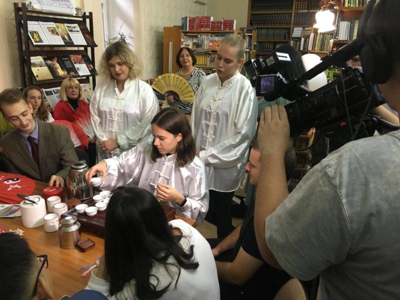 Бібліотеки повні людей: до Всеукраїнського дня бібліотек